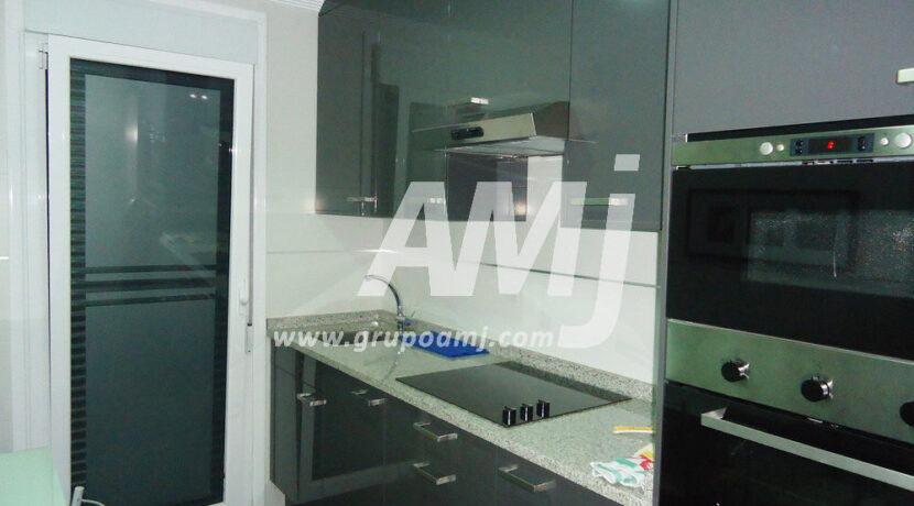 amj-ref-00255-018