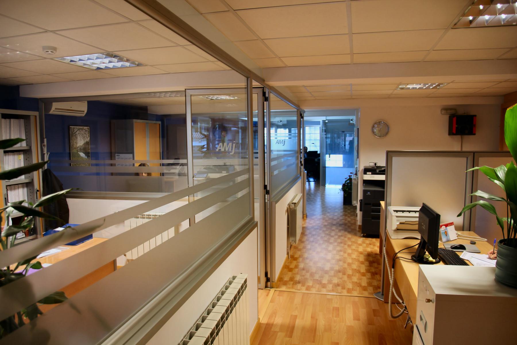 Oficina Principal Grupo AMJ