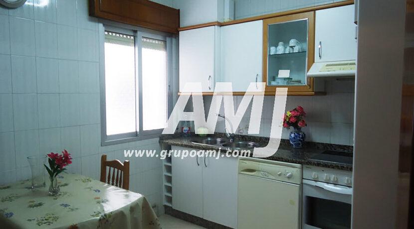 amj-ref-00252-009